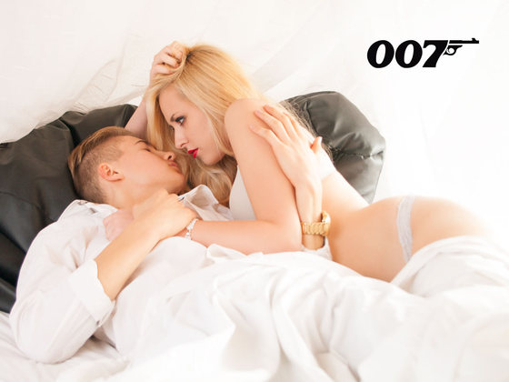 007 II