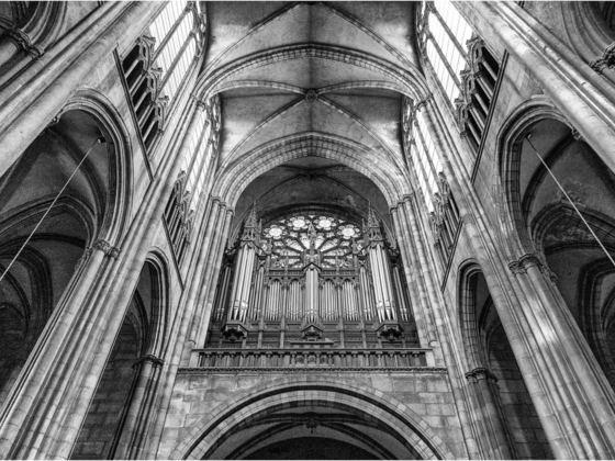 Die schwarze Kathedrale von Clermont-Ferrand
